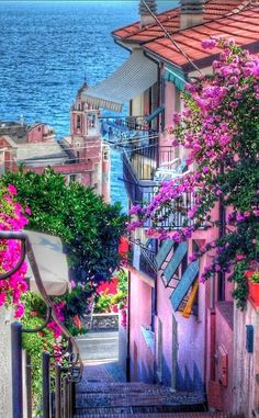 Colorful and refreshing in #Tellaro, Italy • photo: Marco Ponti on 500px