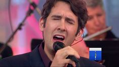 "Josh Groban -  ""White Christmas"" live on ""Good Morning America"""