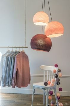 Plus de 1000 id es propos de luminaires sur pinterest lampes de globe co - Suspension la case de cousin paul ...