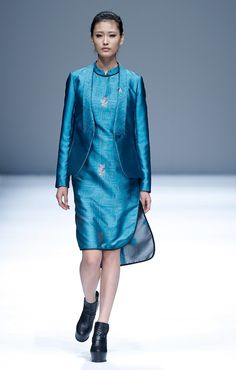 LIANVIS Lian Huiqing Collection,Mercedes-Benz China Fashion Week Spring/Summer 2015 http://www.chinesefashionstyle.com/