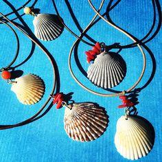 【etsu.joy】さんのInstagramをピンしています。 《Good day ! #good #goodday #sunny #sun #strong #fun #beach #shell #hawaii #haleiwa #jewelry #accessories #craft #diy #coral #朝#暑い #ハワイ#工作 #手作り #貝#海#ビーチコーミング#アクセサリー #ハンドメイド #楽しみ #ありがとう》