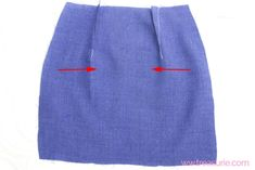 Sewing Darts - Step by Step Easy Tutorial Skirt Patterns Sewing, Afghan Crochet Patterns, Clothing Patterns, Clothing Styles, Sewing Hacks, Sewing Tutorials, Sewing Tips, Sewing Ideas, Dress Tutorials