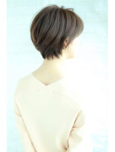 AFLOAT【伊輪宣幸】大人の美シルエット!!:L004490634 アフロートジャパン(AFLOAT JAPAN)のヘアカタログ ホットペッパービューティー Short Hair Styles For Round Faces, Short Hair Cuts, Cool Haircuts, Cute Hairstyles, Haircut And Color, Hair Remedies, Chic, Shorter Hair, Hair Ideas