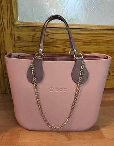 Obag Everything Designer, Girl Bottoms, Fashion Books, Hobo Bag, Travel Bags, Michael Kors Jet Set, Purses And Bags, Fashion Accessories, Clock