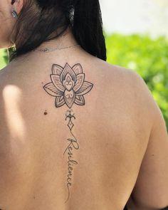 Tatuagem de resiliência: 50 ideias lindas para extrair o melhor da palavra Resilience Tattoo, Tatoo Styles, Mini Tattoos, Tattoo Drawings, Tattoo Inspiration, Tattoos For Women, Tattoo Designs, Tattoo Ideas, Tatoos