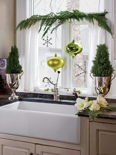 Creative ways to use garlands to spruce up your home for the holidays.