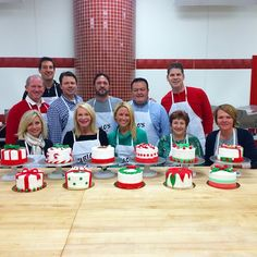 Holiday cake decorating class!