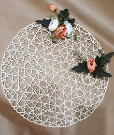 Handmade Decorations, Wedding Decorations, Table Decorations, How To Make Placemats, Decor Crafts, Diy And Crafts, Chicken Wire Crafts, Beauty Table, Mothers Day Crafts