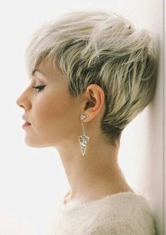Perfect 45 Stylish Pixie Haircut For Thin Hair Ideas Stylish Pixie Haircut; Super Muy Corto Pixie Cortes de pelo Y Colores de Pelo para Thin Hair Haircuts, Short Pixie Haircuts, Pixie Hairstyles, Short Hairstyles For Women, Short Hair Cuts, Haircut Short, Hairstyle Short, Pixie Haircut Thin Hair, Pixie Cut Thin Hair