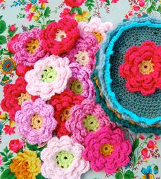 10 ways to crochet a flower - would look so cute on a girl's baby blanket!