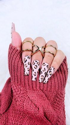 Cheetah Press On Nails Cheetah Nails Brown Nails Fake Cute Acrylic Nails, Glue On Nails, My Nails, Nails Beige, Brown Nails, Black Nails, Stiletto Nails, Coffin Nails, Stiletto Nail Designs