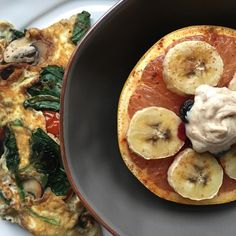 @rhlongshores veggie-packed omelet with goat cheese & broiled grapefruit topped with bananas blueberries and a little cinnamon-maple Greek yogurt is the perfect way to recover from an early morning workout. See more of our protein-packed breakfast recipes at the link in our bio. #thenewhealthy  (cookinglight)  The post @rhlongshores veggie-packed omelet with goat cheese & broiled grapefruit topped with bananas blueberries and a little cinnamon-maple Greek yogurt is the perfect way to recover…