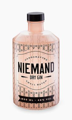 Packaging Design for Niemand Dry Gin | transparent label on glass bottle