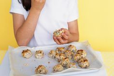 These tasty cookies make a healthy snack for a lunch-box or kid& party. Healthy Cookie Dough, Healthy Cookies, Yummy Cookies, Healthy Baking, Fruit Cookies, Lunch Box Recipes, Milk Recipes, Lunchbox Ideas, Healthy Meals For Kids