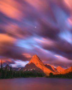 Glacier National Park Montana USA Breathtaking Places Around the World Places Around The World, The Places Youll Go, Places To See, Around The Worlds, Beautiful Sky, Beautiful World, Beautiful Places, Wonderful Places, Parc National