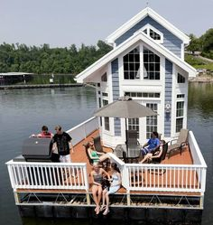 House BOAT!!