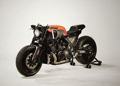 RocketGarage Cafe Racer: The Vmax INFRARED