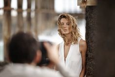 Happy to announce that Canadian model Daria Werbowy will be the main face of MANGO Spring/Summer 2014 campaign! · ¡La modelo canadiense Daria Werbowy será la protagonista de nuestra campaña Primavera/Verano 2014! #ss14 #DariaWerbowy