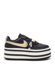 Nike Vandal 2K Platform Sneaker in Black fe4ca4f20fb