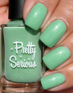 Pretty Serious Cosmetics Disc Of the Heavens @kelliegonzoblog Mani Pedi, Manicure, Nail Blog, Nail Polish Collection, Green And Gold, Jade Green, Swatch, Nail Designs, Nail Art