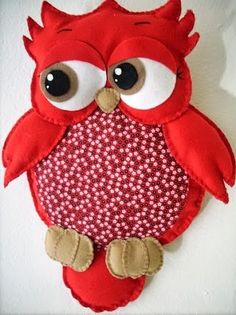 Slightly derpy yet adorable owl. Felt Owls, Felt Birds, Softies, Sewing Crafts, Sewing Projects, Red Owl, Owl Fabric, Owl Crafts, Owl Patterns