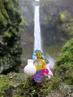 The LEGO Movie Collectible Minifigures  :  Marsha Queen of the Mermaids