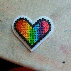 #corazón #hamabeads #rainbow