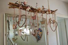 Dekoast #Frühling #Spring #Deco #Branch #Schmetterlinge #Butterflies #Herzen #Hearts