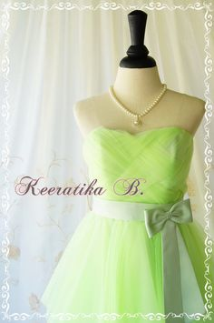 Cinderella Party Sweet Princess by LovelyMelodyClothing on Etsy Strapless Homecoming Dresses, Wedding Bridesmaid Dresses, Ball Dresses, Bridal Dresses, Strapless Dress, Cinderella Party, Cinderella Dresses, Lime Green Prom Dresses, Green Dress