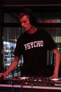uczestnik Pojedynku DJ-ów: Angelo Biati