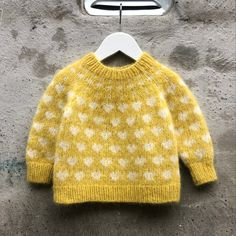 Baby Knitting Patterns, Free Knitting, Bind Off, Love Is All, Sweater Outfits, Pulls, Needles Sizes, My Mom, Twists