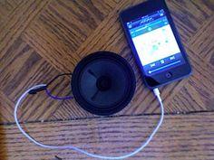 How to Wire a Headphone Jack to a Speaker : 4 Steps - Instructables Diy Speakers, Speaker Wire, Cooler Radio, Diy Headphones, Smartphone Hacks, Jack Audio, Electrical Tape, Old Computers, Make It Work