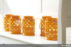In love with orange 2012. http://www.wonenonline.nl/interieur/12/riverdale-oranje-2012.html #koninginnedag #riverdale