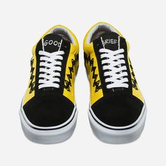 Vans X Peanuts Charlie Brown Old Skool Shoes ($70) ❤ liked on Polyvore featuring shoes, sneakers, cap toe shoes, vans footwear, vans sneakers, vans trainers and lace up shoes
