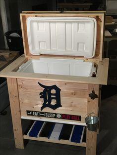 DIY Detroit Tigers wooden cooler!