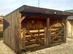 Horse Shelter Mini Farm, Mini Horse Barn, Small Horse Barns, Sheep Shelter, Goat Shelter, Horse Shelter, Horse Farm Layout, Barn Layout, Sheep Fence