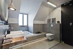 Bagno moderno sottotetto la scelta giusta è variata sul design