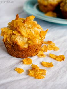 Banana and Cereal Muffins - No bowl required for this classic breakfast combo!