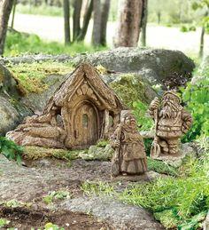 gnomes and hobbits   visit plowhearth com