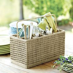 Southern Living Seagrass Dinnerware Caddy