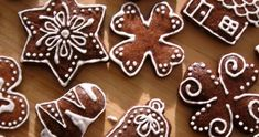 Vánoční perníčky Cosy Christmas, Christmas Baking, Christmas Cookies, Winter Activities For Kids, Christmas Pictures, Cookie Decorating, Gingerbread Cookies, Food Art, Cake Recipes