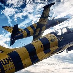 Formation split - Riga Jet Flights allow for up to 6 customers to fly in very close formation. After this intense buddy experience the formation will split and each customer gets some single flight time with the pilot. That includes maneuvres and...