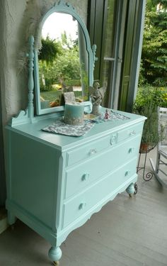 I have a dresser like this. Thinking of converting it to a bathroom vanity. What do you think?