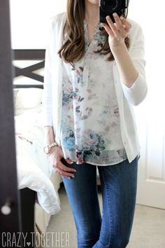 This is a typical style for me: cardigan, loose fitting adorable top and skinnies/jeggings