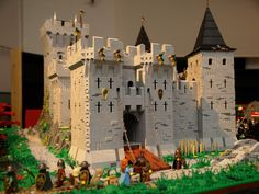 As displayed in Norrköping, Sweden October 11-13 2013. The castle (96x128 studs) is my module.
