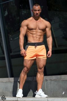 High quality gym singlets, powerlifting shorts and other gym and weightlifting apparel for your needs. Gym Singlets, Training Motivation, Athleisure Outfits, Workout Accessories, Gym Wear, Bodybuilder, Women's Leggings, Flipping, Gymnastics