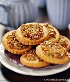 Ciastka kruche ze słonecznikiem - Mała Cukierenka Baking Recipes, Cookie Recipes, Dessert Recipes, Best Lunch Recipes, Sweet Recipes, Galletas Cookies, Cake Cookies, Shortbread Cookies, Delicious Desserts