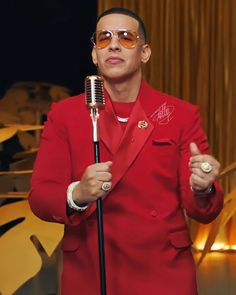 Daddy Yankee, Double Breasted Suit, Music Videos, Suit Jacket, Suits, Instagram, Jackets, Fashion, Salsa Dancing