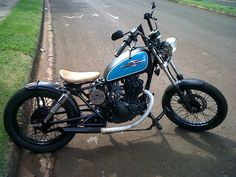 Resultado de imagen para SUZUKI GN PERSONALIZADA Custom Bobber, Custom Motorcycles, Custom Bikes, Custom Cars, Tracker Motorcycle, Bobber Motorcycle, Bobber Chopper, Cafe Racer Moto, Cafe Racing
