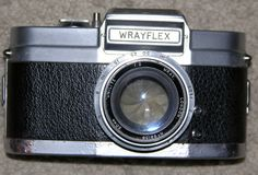 Wrayflex 35 mm SLR camera with F2, 50 mm Unilite lens. FOR SPARES OR REPAIRS
